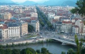 Во Франции появится город без рекламы