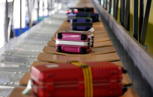 Россия: «Трансаэро» позволит пассажирам самим заплатить за перевес багажа