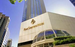 Бахрейн: Four Seasons Hotel открывает первый отель своей марки в Бахрейне