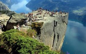 «Кафедра проповедника» или Прекестулен (Preikestolen), Норвегия