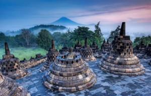 Индонезия отменила визы для 45 стран, в том числе – Россия