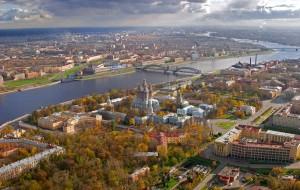 Главной достопримечательностью Петербурга туристы назвали крыши