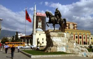 Албания отменяет визы для россиян