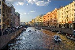 Петербург открывает водные маршруты с осмотром достопримечательностей