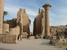 Ростуризм: организованных групп российских туристов в Луксоре быть не должно