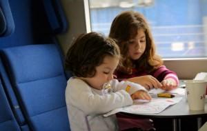 Детей в поезда дальнего следования будут пускать по нотариальной копии свидетельства о рождении