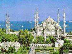 Стоимость туров в Турцию снизилась более чем на четверть из-за низкого спроса