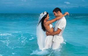 Свадебное путешествие: что выбрать? Разложим все по полкам.