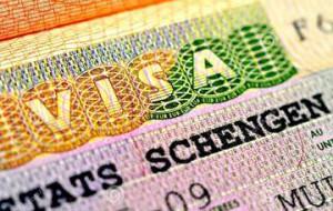 Евросоюз пообещал не лишать шенгенских виз посетивших Крым россиян