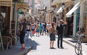 ANEX Tour: нюансы молодежного отдыха на Крите