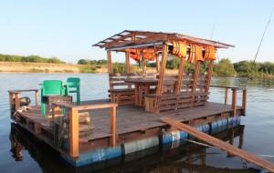 Новый вид отдыха в России: путешествия на плотах по рекам