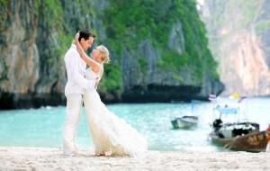 Свадебное путешествие: сколько тратят россияне?