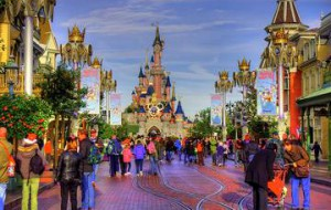 «Диснейленд» изменит цены для туристов в зависимости от спроса