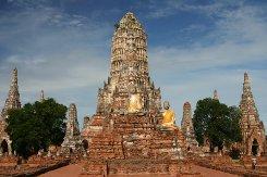 Вступили в силу новые правила пересечения границы с Таиландом «по штампу»