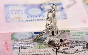 Франция пообещала выдавать российским туристам больше мультивиз