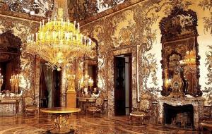 Испания: Дворец Бурбонов открылся после реставрации