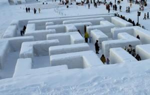 В Польше построили самый большой в мире снежный лабиринт