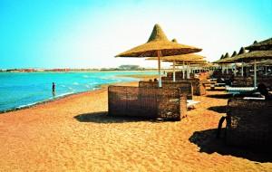 Десятки египетских отелей закрылись
