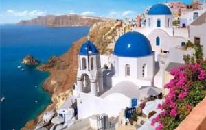 Греческий остров Санторини ограничит число туристов