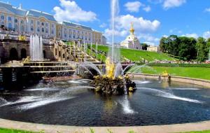 Россия: Петергоф включит фонтаны раньше обычного