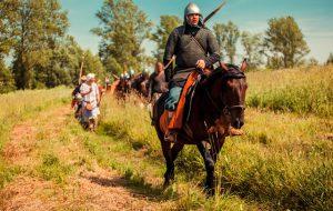 На фестивале «Времена и эпохи» зрителям покажут уникальные конные трюки