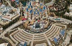 Китай: Шанхайский Диснейленд откроется в четверг