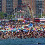 Названы самые популярные пляжи США