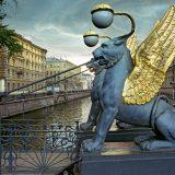 Назван самый страдающий от туристов памятник Петербурга