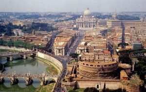 Из-за землятресения в Риме закрыты достопримечательности