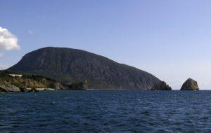 Тропа на гору Аю-Даг в Крыму открылась после реконструкции