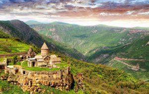 В Армению будем ездить по российским паспортам