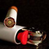 Чехия запретит курить в кафе и ресторанах