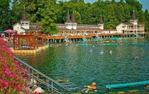Венгерский курорт на озере Хевиз