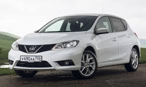 Новая версия компактного хэтчбека от Nissan