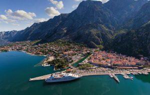 МИД и Ростуризм предупредили о неблагоприятной обстановке в Черногории