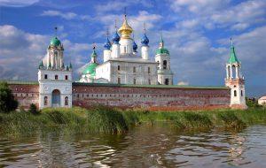 Названы самые популярные города Золотого кольца России