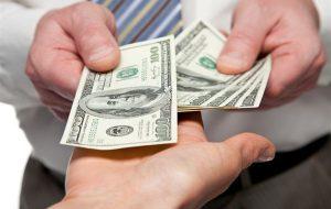 Преимущества и недостатки кредитования в автомобильных ломбардах