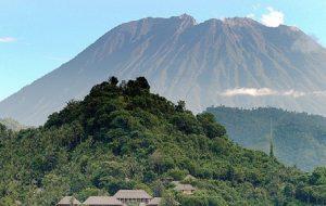 МИД РФ просит российских туристов быть осторожнее на Бали