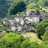 В Швейцарии целая деревня станет отелем