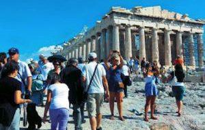 Сколько придется доплатить туристам в Греции в 2018 году?