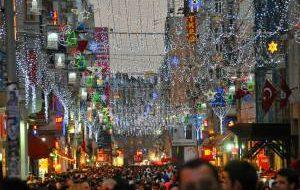 Что ждет гостей и жителей Петербурга во время новогодних праздников
