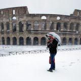МИД предупредил о снегопадах в Европе