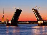 В Санкт-Петербурге начали разводить мосты