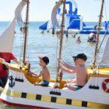 Единственный в стране детский пляж открыт в Крыму