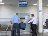 «Победа» и Минтранс хотят отменить бесплатный провоз портфелей, сумочек, одежды, лекарств, колясок, костылей и товаров Duty Free