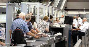 Идея отмены повторного досмотра трансферных авиапассажиров опоздала на десятилетие