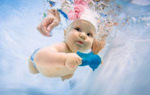 Польза и вред грудничкового плавания