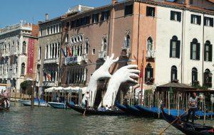 В Венеции будет запрещено перемещаться по улицам с алкоголем