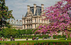Единственный город России рекомендован наравне с Парижем для весенних путешествий