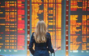 Туристы из Челябинска не смогли вовремя вылететь на отдых — рейс задержан почти на 13 часов